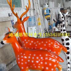 深圳玻璃钢仿真长颈鹿雕塑模型专业定制厂家
