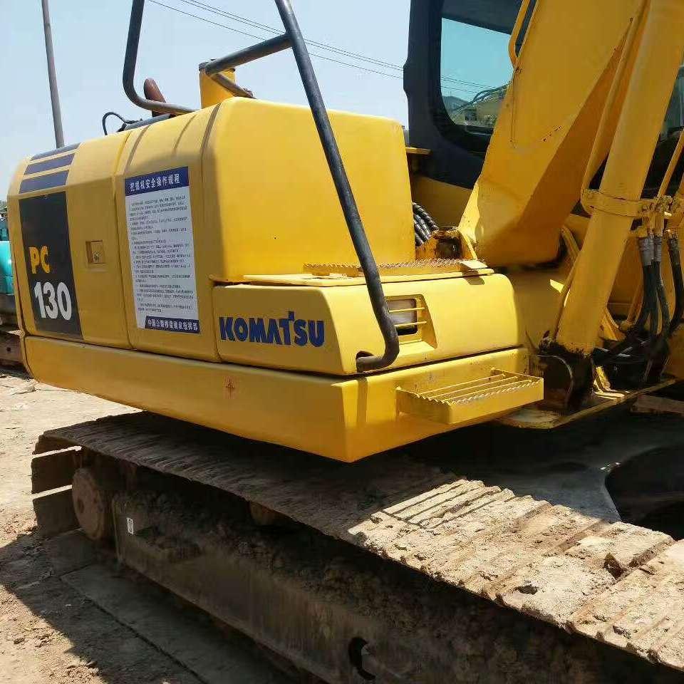现货低价出售小松130原装进口二手挖掘机车况好手续齐全