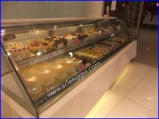 甜品店保鲜柜 甜品冷藏展示柜 定做弧形甜品柜价格