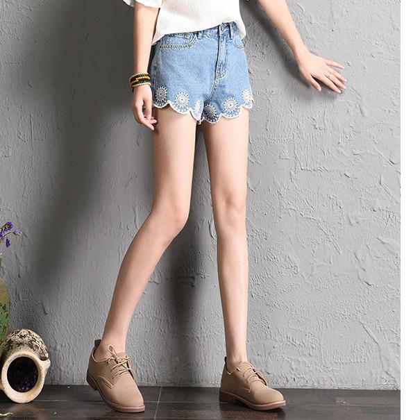 夏季新款韩版刺绣牛仔短裤女高腰绣花显瘦学生热裤
