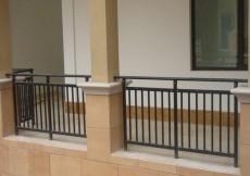 盛世天津锌钢楼梯扶手,锌钢楼梯栏杆,锌钢百叶窗,锌钢围墙护栏,木塑护栏