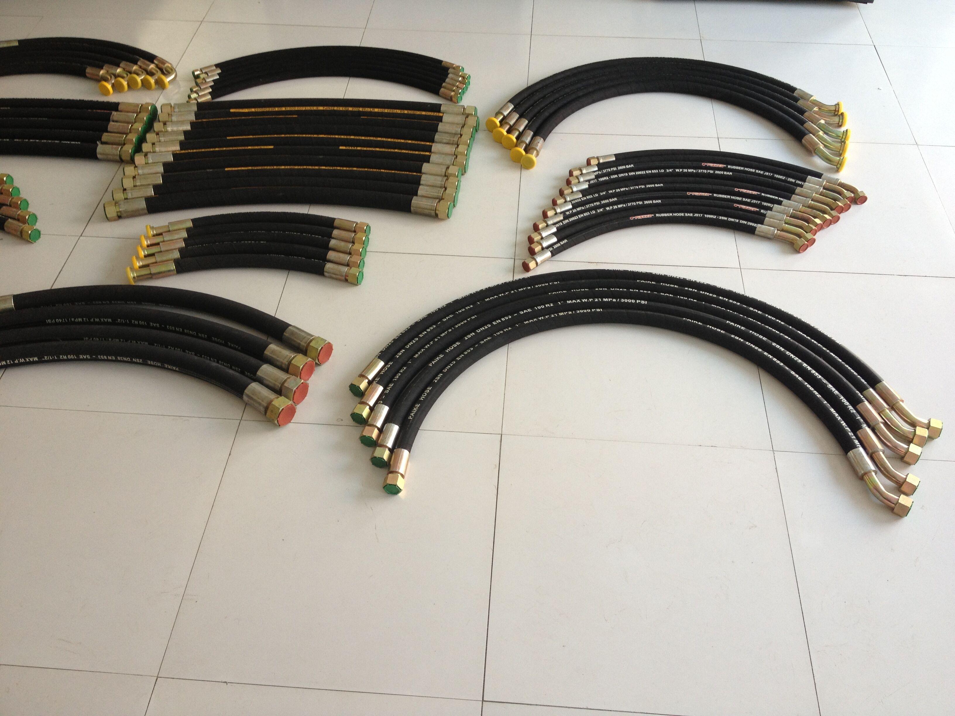 专业生产挖掘机液压油管 高压胶管总成图片