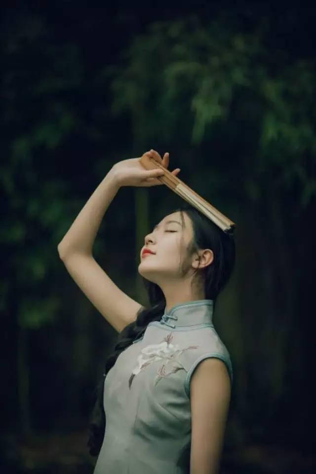 旗袍与女子相称的美
