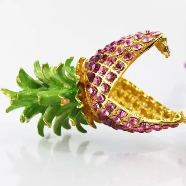供应 创意水果小菠萝挂件配饰 粉色水钻定制礼品批发