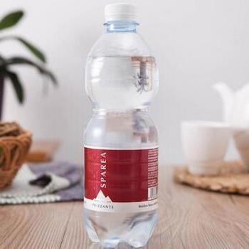 思贝儿山泉天然饮用水矿泉水