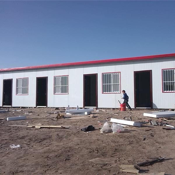 焊接式防风活动房厂家现场组装搭建工地用岩棉彩钢板房