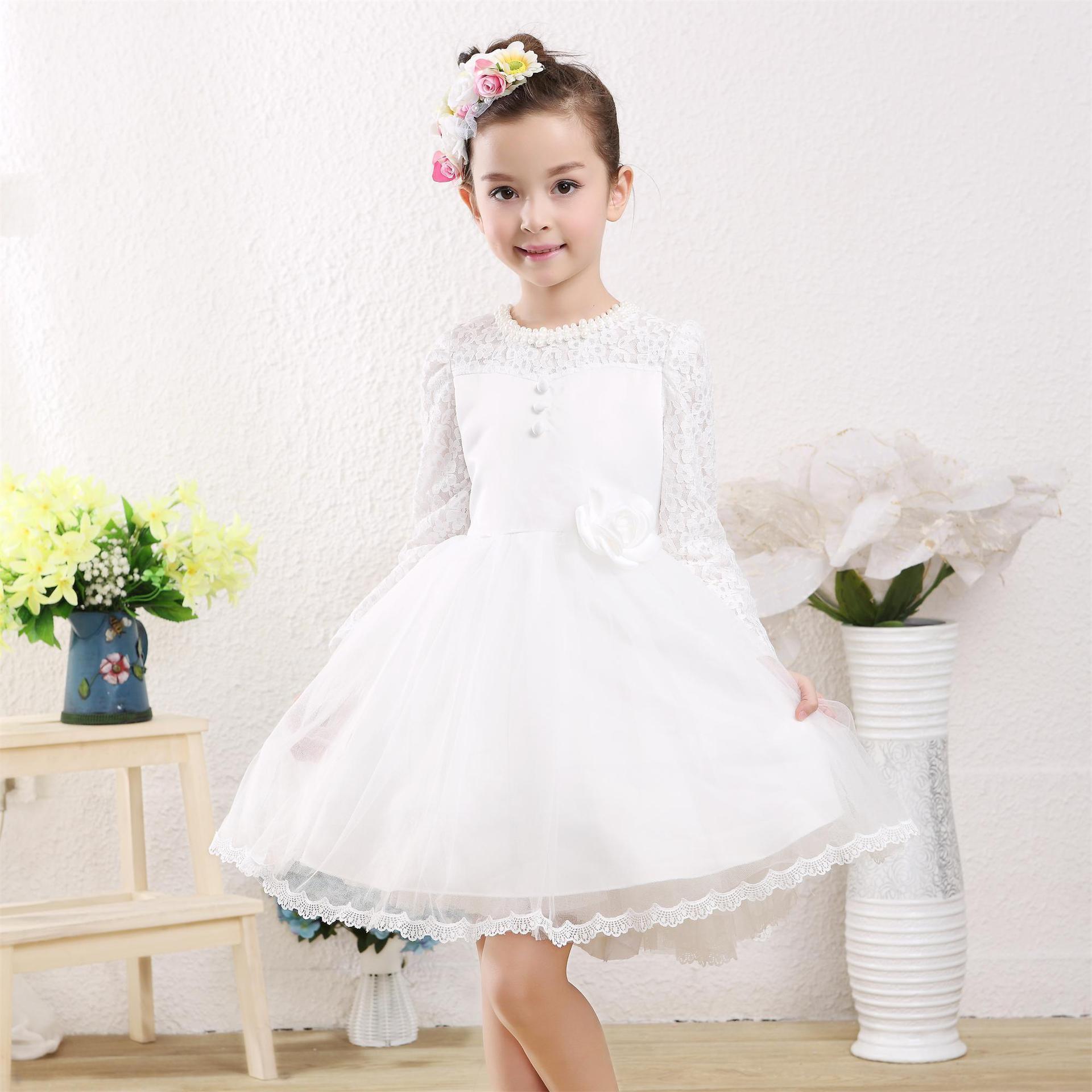 蕾丝蓬蓬裙连衣裙冬