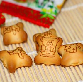 马来西亚进口食品儿童最爱零食EGO金小熊饼干灌心饼干夹心饼干10g