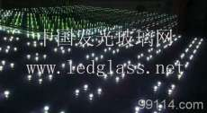 发光玻璃幕墙