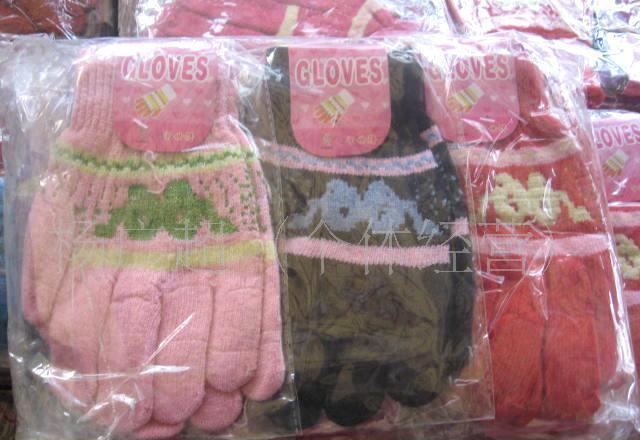 库存袜子-手套-女士