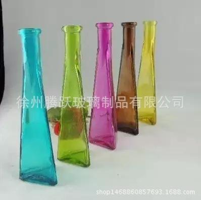 时尚三角形玻璃瓶 插花瓶 长款 创意玻璃瓶花瓶 客厅办公室摆件图片