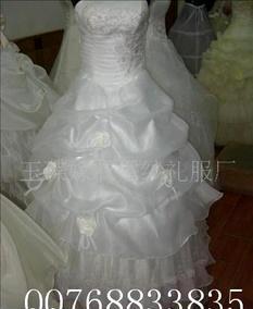 批发供应新娘婚纱