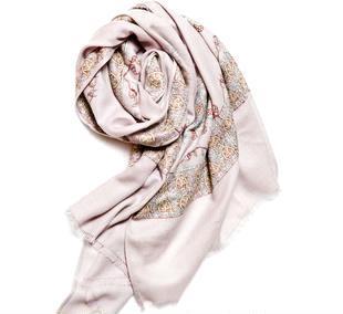 流行经典图色羊绒披肩围巾 高档双面绣花贵族品质