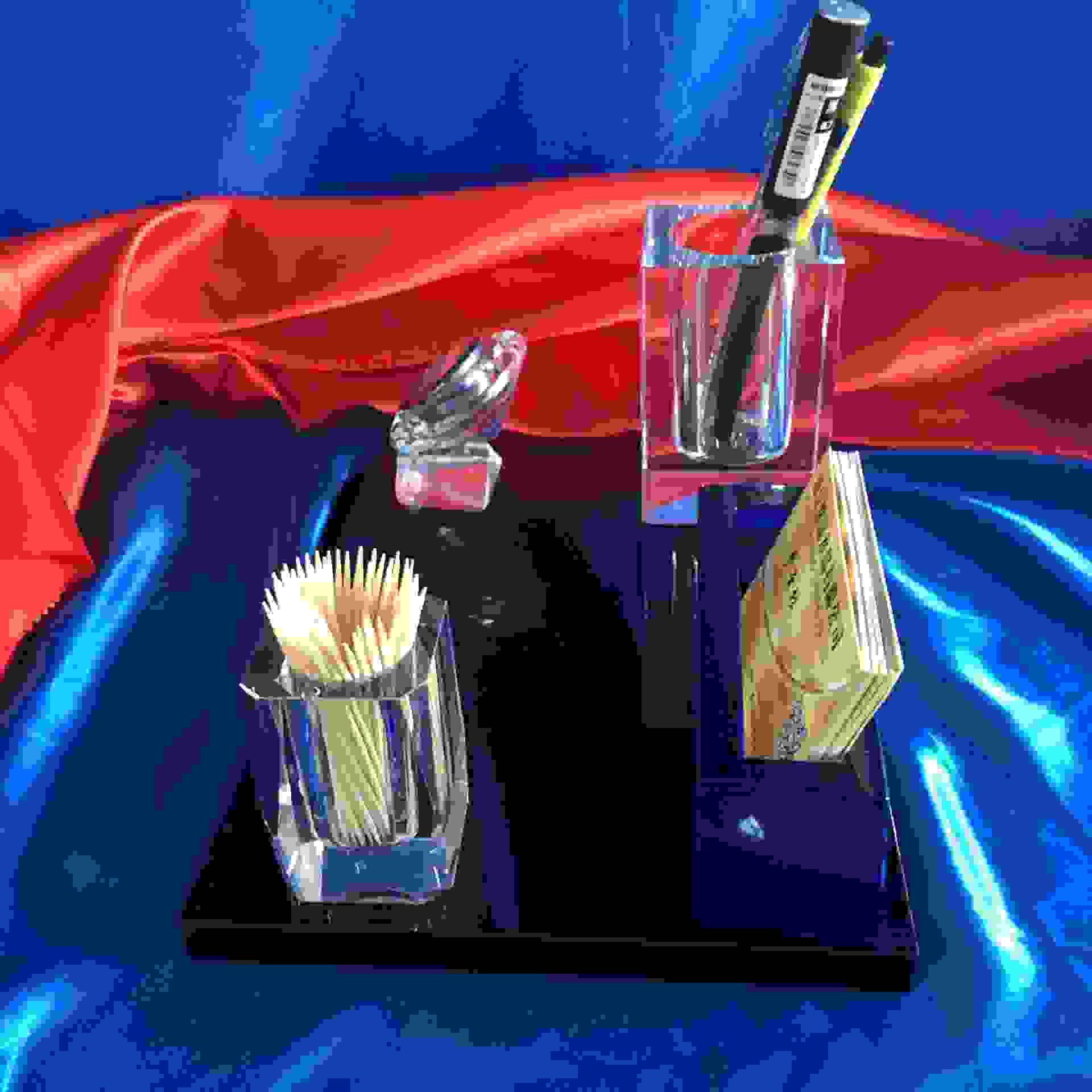 水晶摆件四件套组合 实用笔筒名片夹表座个性水晶办公摆件批发