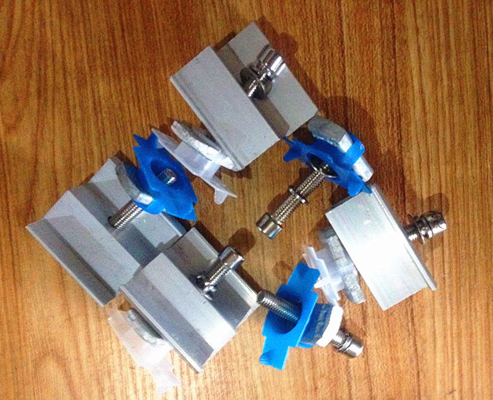 光伏太阳能电池板安装配件 组件M8中压块整套带异形螺母304螺丝
