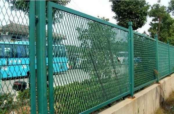 球场操场护栏网