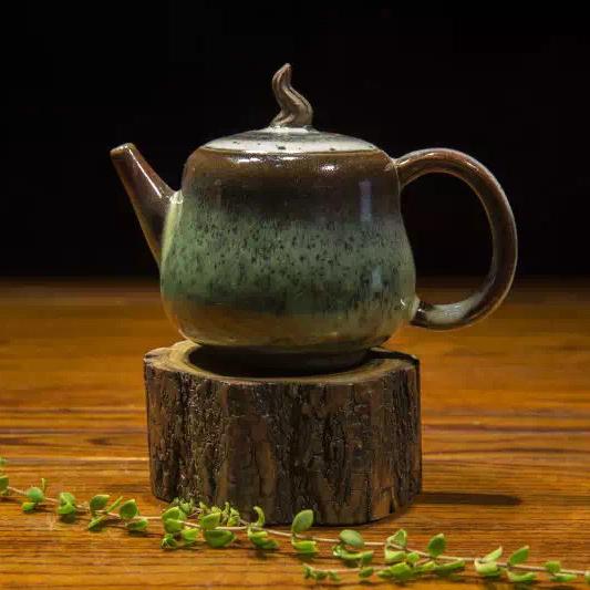 徐家钧窑自然窑变钧瓷茶具造型古朴