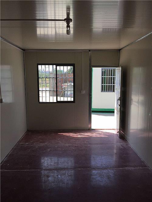 新元移动板房质量为本(图)、住人集装箱设计、住人集装箱