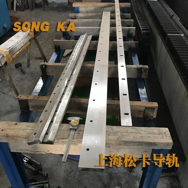 重卡焊装生产线直线导轨喷涂机器人精密重载轨道液压系统凹形导.图片