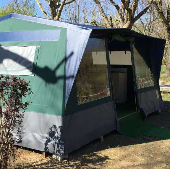 营地专供帐篷