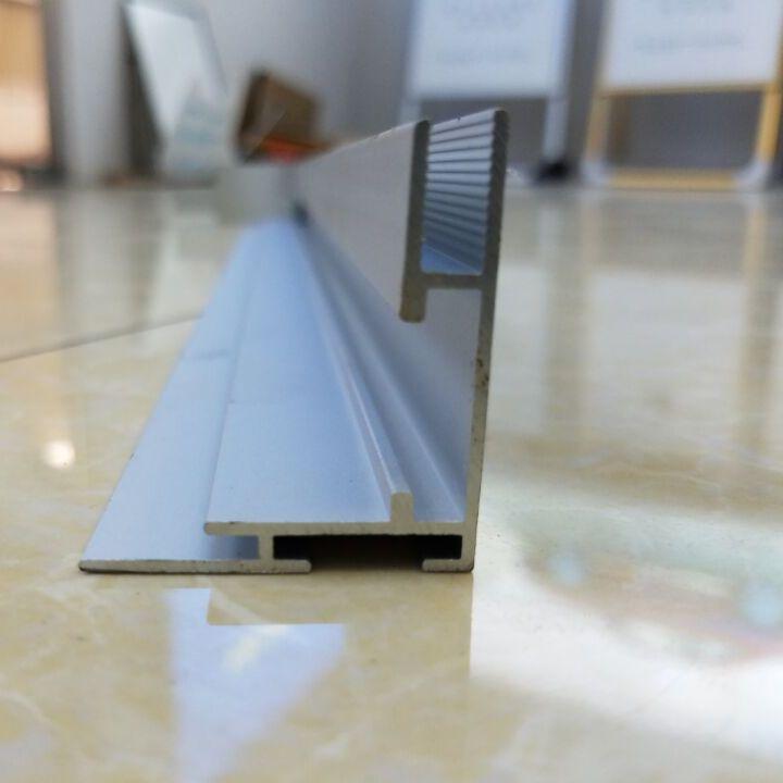 卡布灯箱4公分铝合金边框