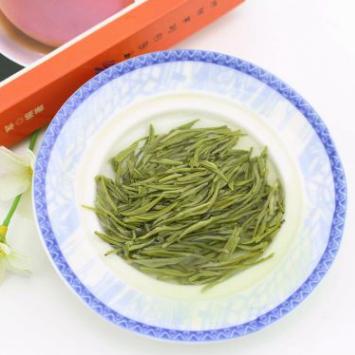 供应 芽多毫显信阳毛尖雨前香浓一级散装新绿茶炒青