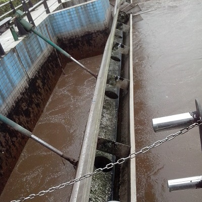 【厂家直销】四川云南贵州重庆成都旋转式滗水器电动推杆式滗水器