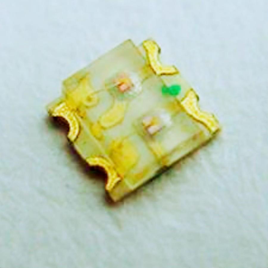 万润科技工厂直销SMD贴片LED灯珠 LED发光二极管2012 3216 3528 3030