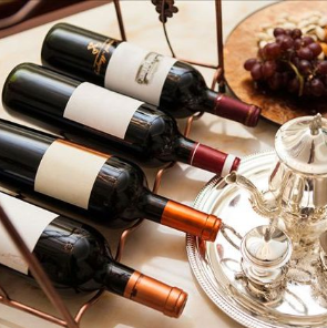 防城港市原瓶进口红酒葡萄酒批发