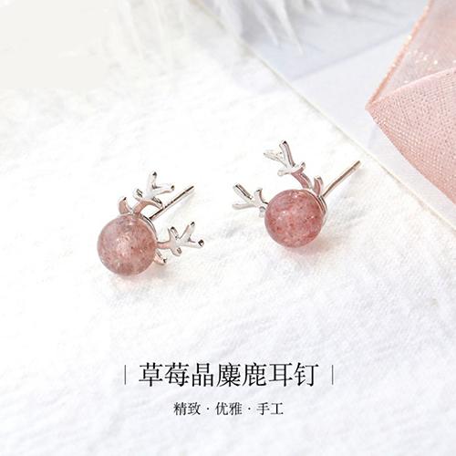 供应 925纯银耳饰韩国麋鹿小清新草莓晶个性鹿角耳钉