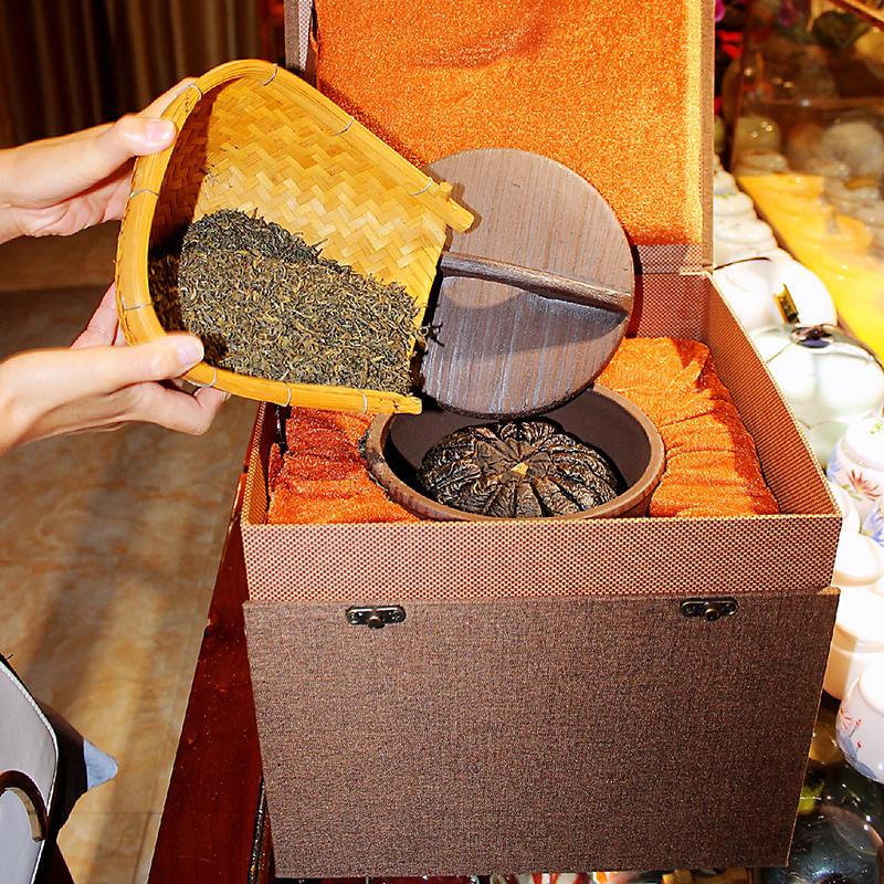 柚寿樽红富硒柚子茶,陈放20年以上,有耐泡,护肝养胃,还有越陈越香的功效