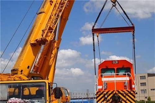 重庆设备吊装、统安吊装、专业精密设备吊装
