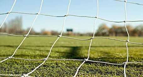 足球赛经常看,可是看了这么多年你知道足球网是怎么发明的吗?