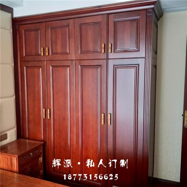 长沙市实木定制厂距离很近-实木浴柜-橱柜门定制设备先进