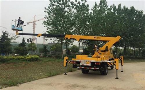 南京365设备租赁(图)_高空车价格_滁州高空车